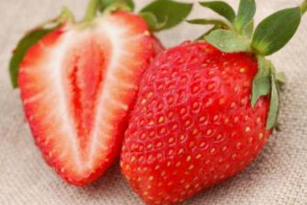 吃草莓减肥还是发胖 吃草莓会长胖吗