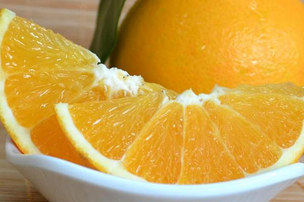 橙子要怎么保存才不容易坏掉呢 橙子要放冰箱吗
