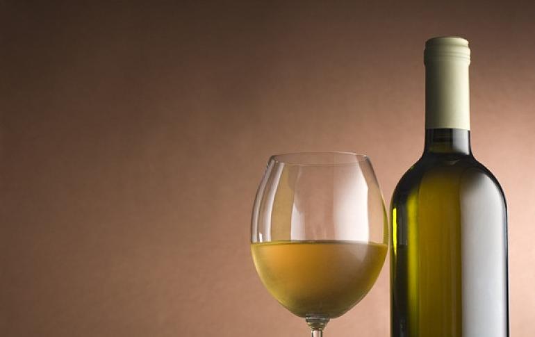 半干白葡萄酒保质期多久 半干白葡萄酒用醒酒吗