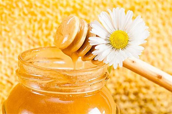 蜂蜜结晶好还是不结晶好 蜂蜜怎么辨别真假