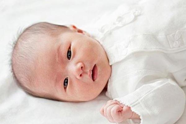 新生儿黄疸可以打预防针吗 新生儿黄疸可以吃茵栀黄口服液