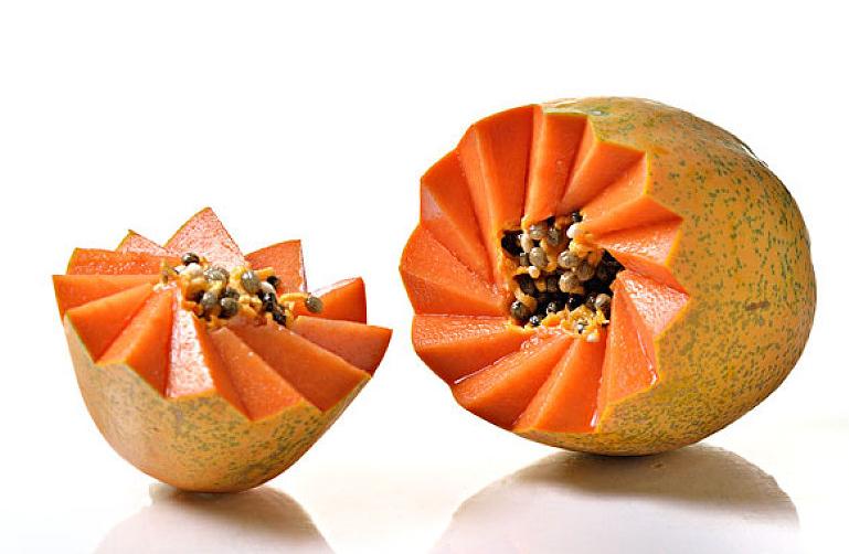 黄木瓜可以直接生吃吗 黄木瓜硬的能不能吃