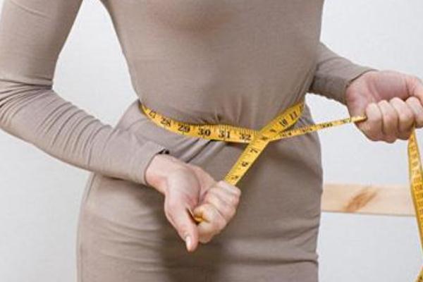 瘦肚子和腰上赘肉最有效的方法 瘦肚子的运动方法