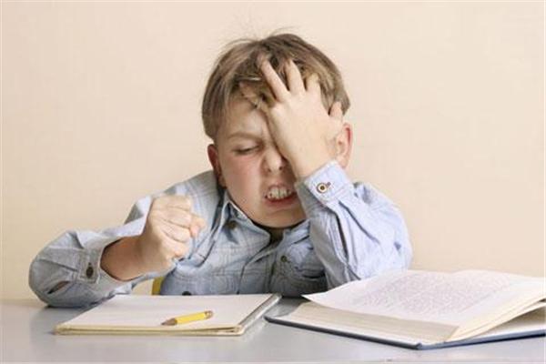 孩子不做作业怎么处理 为什么孩子不想写作业