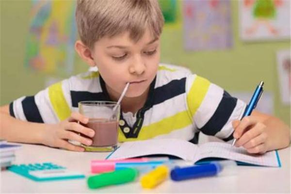 孩子注意力不集中是什么原因 孩子注意力不集中缺什么元素