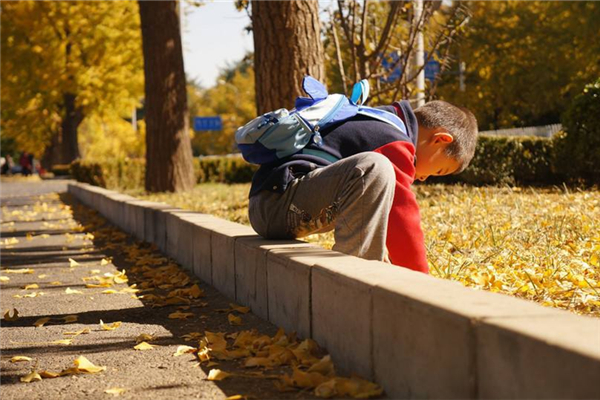 孩子不想上学怎么办 为什么孩子不想上学