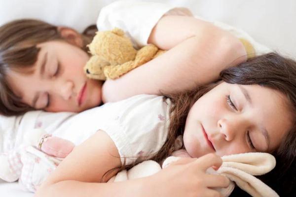 儿童偏瘦是缺什么 儿童偏瘦可以吃蛋白质粉吗
