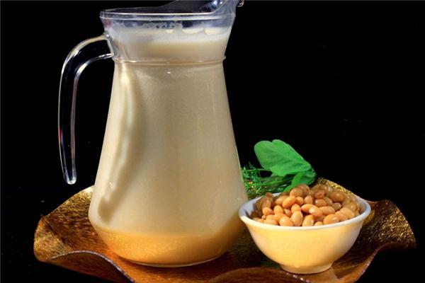 豆浆怎么判断熟了没 豆浆假沸后保持几分钟