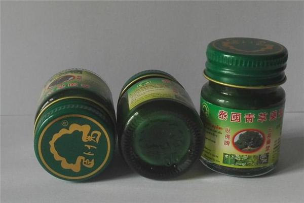 泰国青草膏能擦痘痘吗 泰国青草膏能擦伤口吗