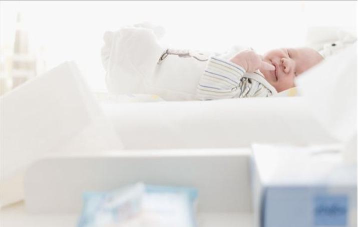 用花露水拖地对孕妇有影响吗 用花露水拖地对新生儿有影响吗