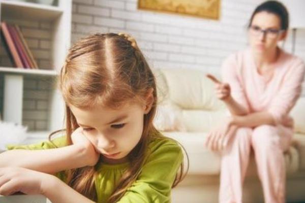 孩子叛逆期有自残行为 孩子叛逆期用看心理医生吗