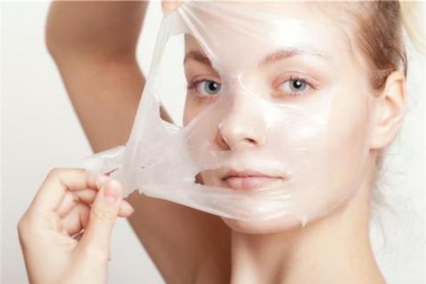 皮肤干燥怎么补水最快 皮肤干燥用什么牌子护肤品比较好