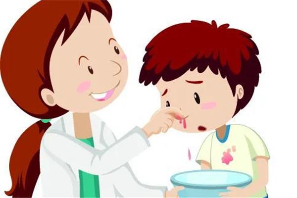 流鼻血有血块是什么原因引起的 流鼻血会导致贫血吗