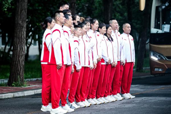 姚明率中国女篮出征东京奥运会 东京奥运会女篮赛程表
