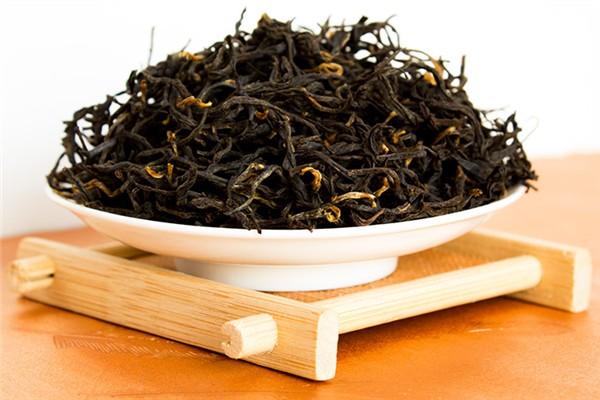 红茶泡几次就不能喝了 红茶每次放多少克