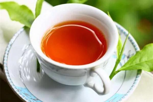 红茶天天喝对身体好不好 红茶一天喝多少合适