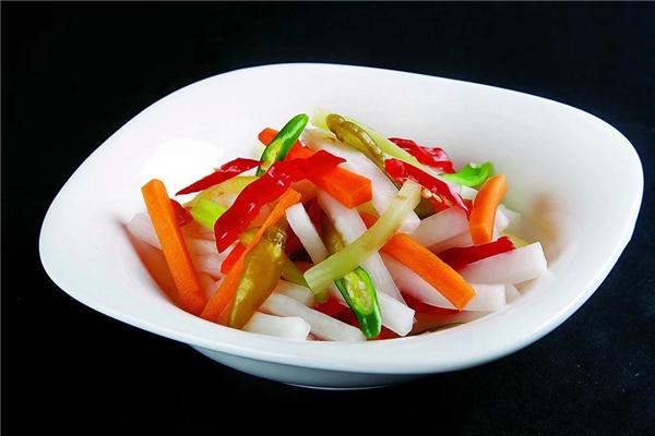 泡菜咸了怎么处理 泡菜咸了加什么可以变淡