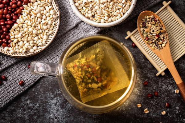 红豆薏米茶的功效和作用 红豆薏米茶不适合什么人群喝
