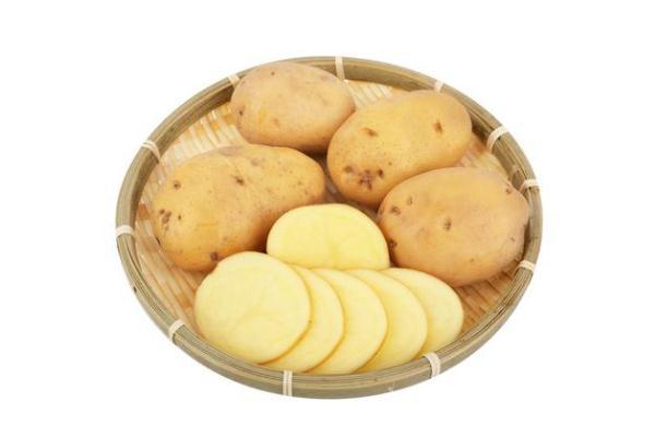 土豆有点软了还能吃么 土豆有维生素吗