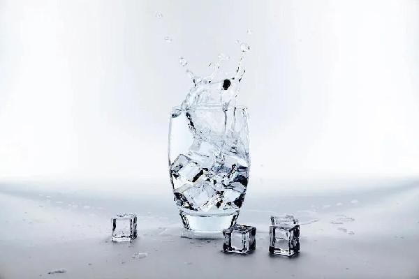 喝水都胖怎么回事 喝水都胖的人怎么减肥