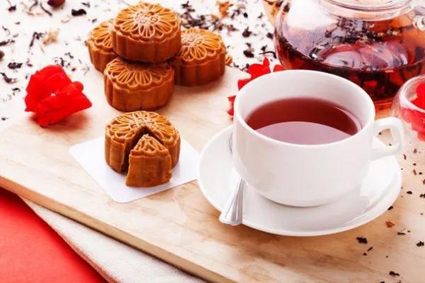 中秋节为什么要吃月饼的原因 中秋节为什么要赏月亮