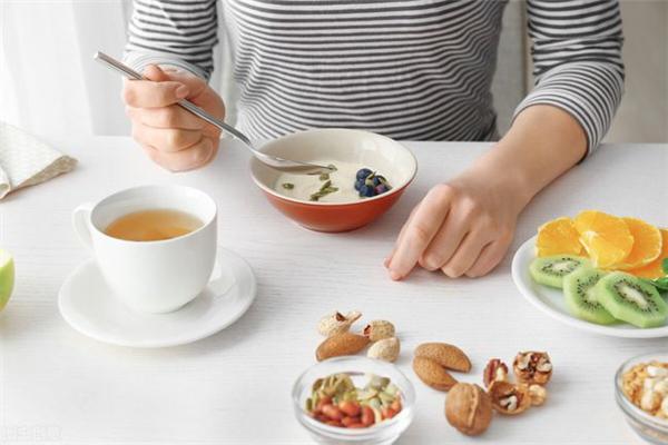 过午不食的午指的是几点 过午不食对身体好还是不好
