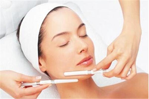 果酸换肤后可以洗脸吗 果酸换肤后要注意些什么