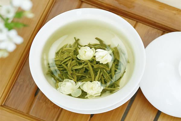 茉莉花茶是酸性还是碱性 茉莉花茶属于绿茶吗