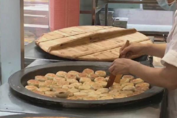 中秋节吃月饼的原因 中秋节一定要吃月饼吗