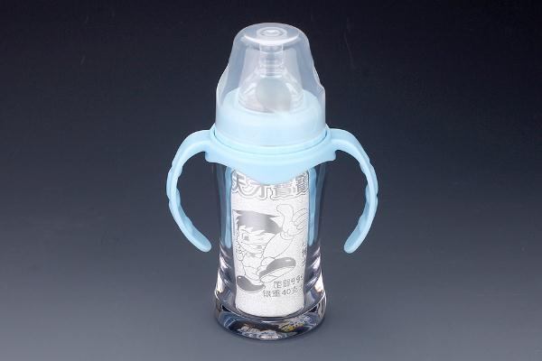 奶瓶的正确使用方法 奶瓶的使用寿命