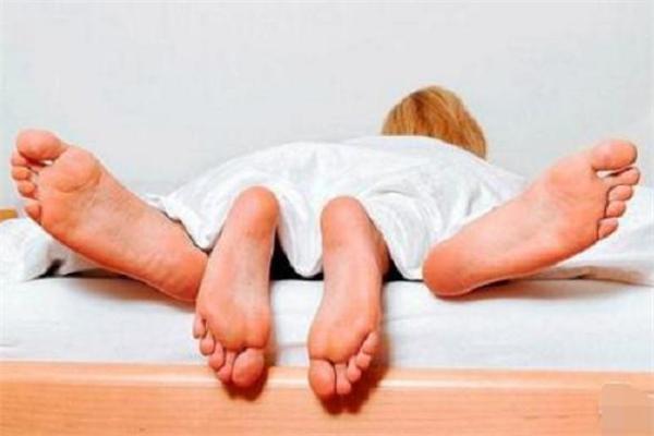 性生活可以调节内分泌失调吗 性生活会不会影响月经推迟