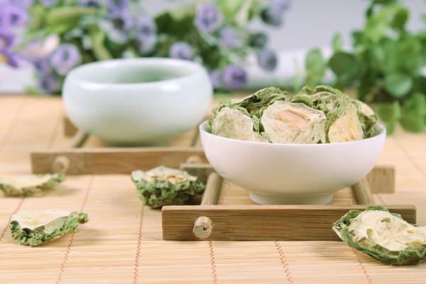 苦瓜茶可以放枸杞吗 苦瓜茶能和菊花一起泡吗