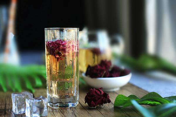 玫瑰花茶有助于排便吗 玫瑰花茶有助于减肥吗