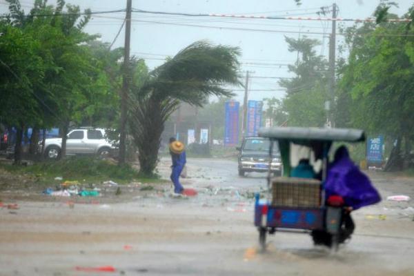 台风会引发哪些危害 台风对飞机飞行有影响吗