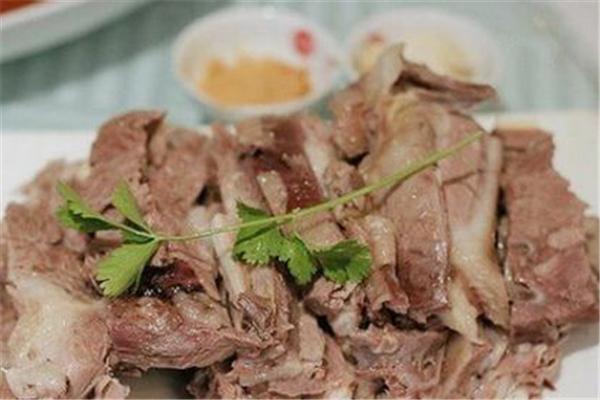 羊肉膻味太重什么原因 羊肉膻味怎么去除